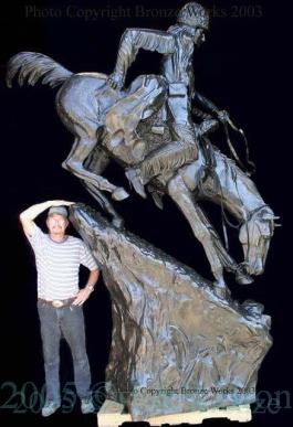 Monumental Mountain Man bronze reproduction