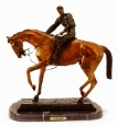 Winners Circle bronze statue